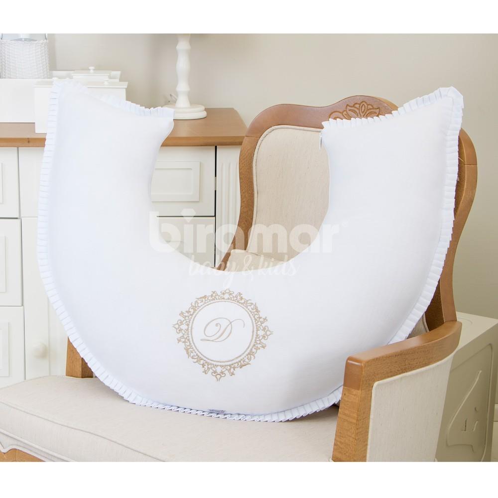 fdafdd982 Almofada de Amamentação para Bebê Fustão Personalizado Marseille Branco    Bege